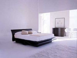 A white bed room