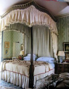 American four poster bed