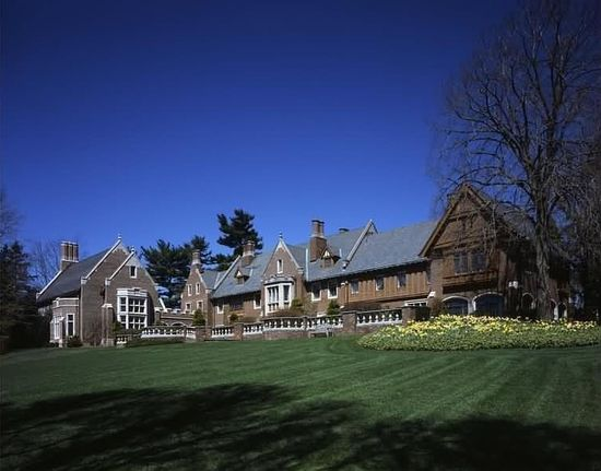 Wexford Hall, New Canaan