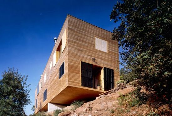 Sustainable House in Spain by H. Arquitectes