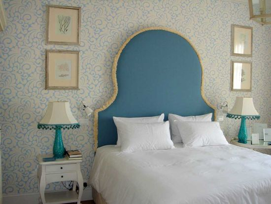 A Bedroom in Blue For a Vacation by the Sea