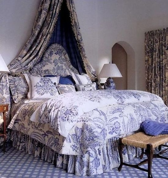 A bedroom in blue