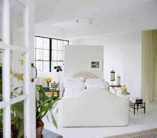 A bedroom designed by Vicente Wolf