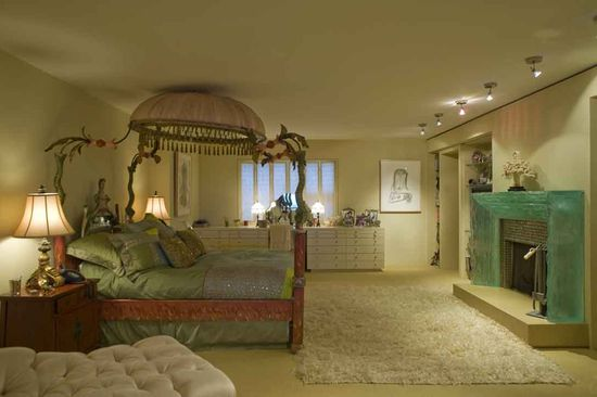 Jane Fonda's Bed Room in an Atlanta Loft